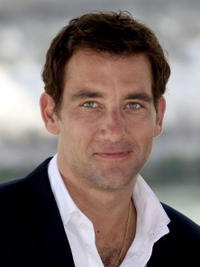 Clive Owen at a photocall for
