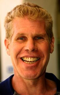 Ron Perlman at the Academy of Television Arts & Sciences 4th Annual Academy Foundation Celebrity Golf Classic.