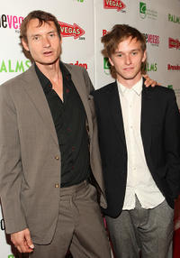 Norman Olsen and Henry Hopper at the red carpet of the premiere of