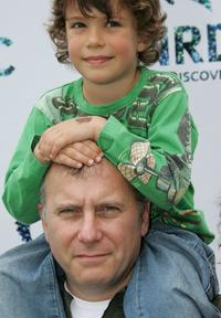 Paul Reiser and his son Leon at the Natural Resource Defense Council's Day of Discovery.