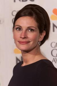 Julia Roberts at the 58th Annual Golden Globe Awards.