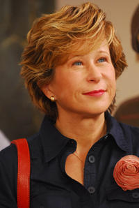 Yeardley Smith as Miss Miller in