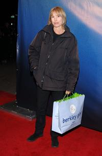 Victoria Tennant at the premiere of
