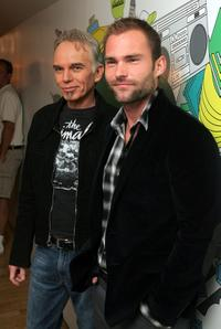 Billy Bob Thornton and Seann William Scott at the MTV's Total Request Live at the MTV Times Square Studios.