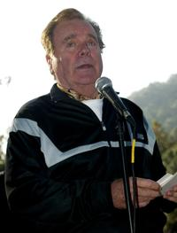 Robert Wagner at the 24th Annual Saint Johns Jimmy Stewart Relay Marathon.