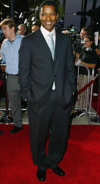 """Denzel Washington at the premiere of """"The Manchurian Candidate"""" in Los Angeles."""