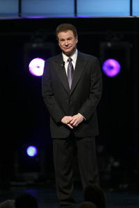 Robert Wuhl at the 2007 Writers Guild Awards.