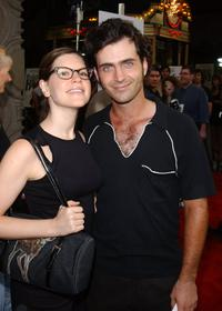 Lisa Loeb and Dweezil Zappa at the premiere of