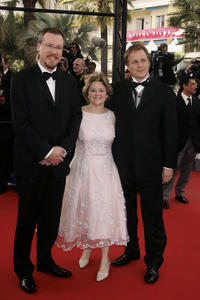 Director Karey Kirkpatrick, Bonnie Arnold and director Tim Johnson at the premiere of