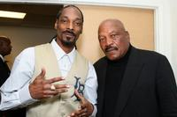 Snoop Dogg and Jim Brown at the 22nd Annual Cedars-Sinai Sports Spectacular.