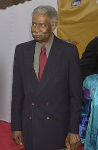 Ossie Davis arrives at the Apollo Theater Foundation 70th Anniversary Benefit Celebration.
