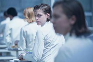 News Briefs: Kristen Stewart Goes Sci-fi in New 'Equals' Image; Jake Gyllenhaal Eyed for Boston Marathon Bombing Drama 'Stronger'