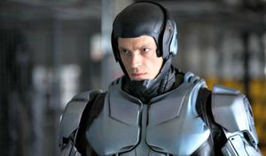 'RoboCop' Star Joel Kinnaman Touted to Replace Tom Hardy in DC's 'Suicide Squad'