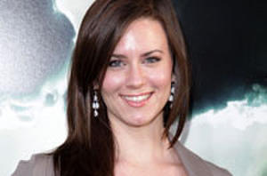 Dialogue: 'Paranormal Activity' Star Katie Featherston Talks Spirits and… Stealing?