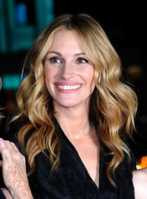 "Julia Roberts at the California premiere of ""Valentine's Day."""