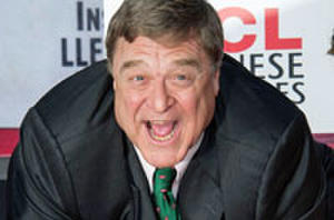 The Five Best Pics from John Goodman's Hollywood Ceremony