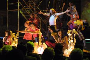 """Skylar Astin, Steve Coogan and Melonie Diaz in """"Hamlet 2."""""""