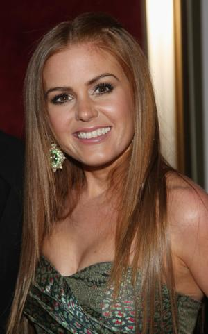 "Isla Fisher at the New York premiere of ""Confessions of a Shopaholic."""