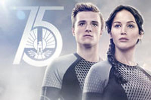 Comic-Con Countdown: 11 'Catching Fire' Posters, 'The Walking Dead,' and Aaron Eckhart Looks Ripped