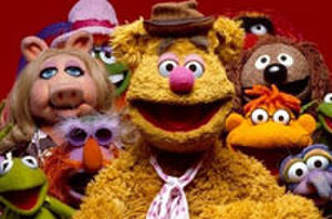 Trailer Watch: 'The Muppets,' 'Green Lantern,' and 'Mr. Popper's Penguins'
