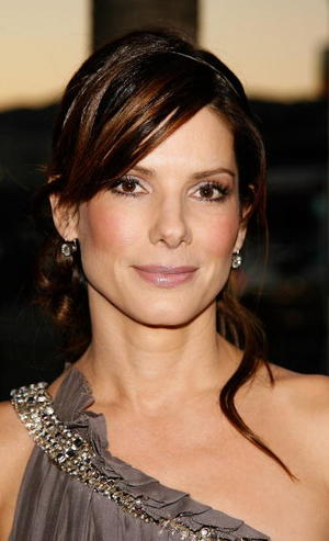 """Premonition"" star Sandra Bullock at the Hollywood premiere."