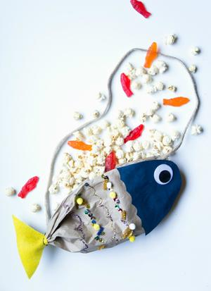 Dory DIY: Make This Snack Bag Inspired by the New Pixar Movie