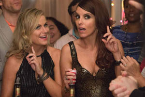 Tina Fey and Amy Poehler Want to Remind You 'Star Wars' Isn't the Only Movie Opening That Day
