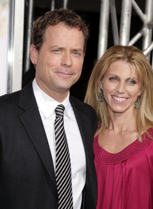 """""""Feast of Love"""" star Greg Kinnear and wife Helen at the Beverly Hills premiere."""