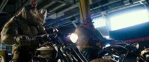 New 'Teenage Mutant Ninja Turtles: Out of the Shadows' Trailer Brings the Fun