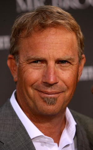 """Kevin Costner at the Los Angeles premiere of """"Mr. Brooks"""""""