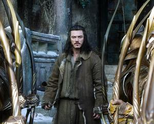 "Luke Evans as Bard in ""The Hobbit: The Battle of the Five Armies."""