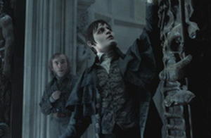 Johnny Depp, Michelle Pfeiffer Go Goth in Tim Burton's Latest 'Dark Shadows' Photos