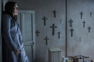 First 'The Conjuring 2: The Enfield Poltergeist' Trailer Takes the Scares to England