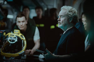 News Briefs: First Look at Michael Fassbender in 'Alien: Covenant'