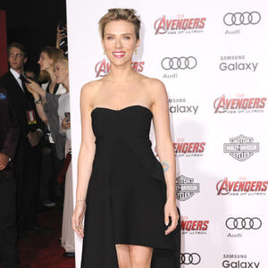 Scarlett Johansson's Hottest Red Carpet Looks