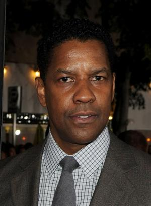 """Denzel Washington at the California premiere of """"Unstoppable."""""""