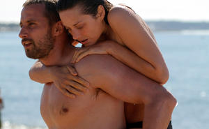 "Matthias Schoenaerts as Ali and Marion Cotillard as Stephanie in ""Rust and Bone."""