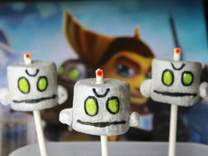 Make Ratchet and Clank Marshmallow Pops