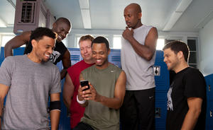 "Michael Ealy as Dominic, Kevin Hart as Cedric, Gary Owen as Bennett, Terrence J as Michael, Romany Malco as Zeke and Jerry Ferrara as Jeremy in ""Think Like a Man."""