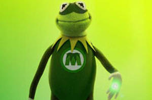 Muppets Spoof 'Green Lantern,' Sesame Street Mocks Spiderman Musical