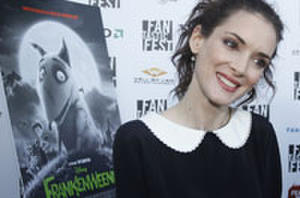 Interview: Winona Ryder Talks About Her Telepathic Connection with Tim Burton and 'Frankenweenie'