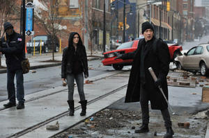 News Briefs: First Look at Stephen King's 'Cell'; 'Paul Blart: Mall Cop 2' Trailer Debuts