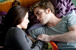 'Eclipse' Back in Theaters for Bella's B-day