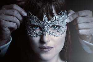 New 'Fifty Shades Darker' Trailer Slips Out of the Ordinary