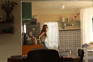 Check out the movie photos of 'Busco Novio Para Mi Mujer'