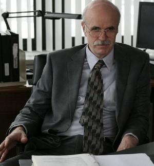 """Tom Noonan as Capt. Gullikson in """"The Alphabet Killer."""""""