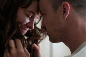 "Mary Elizabeth Winstead as Kate Hannah and Aaron Paul as Charlie Hannah in ""Smashed."""