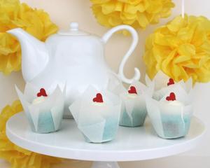 'Looking Glass' Tea Cakes offer a Taste of Wonderland