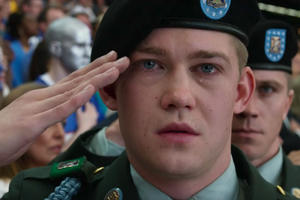 'Billy Lynn's Long Halftime Walk' Offers a Brand New Way to Watch a Movie