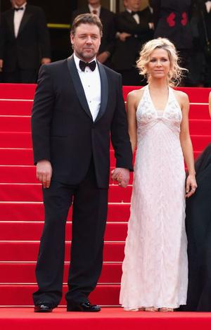 "Russell Crowe and Danielle Spencer at the France premiere of ""Robin Hood."""